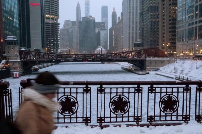 Zamrzlá řeka Chicago, snímek z 29. ledna 2019. Foto: Reuters.