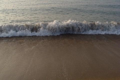 Ranní pláž před snídaní