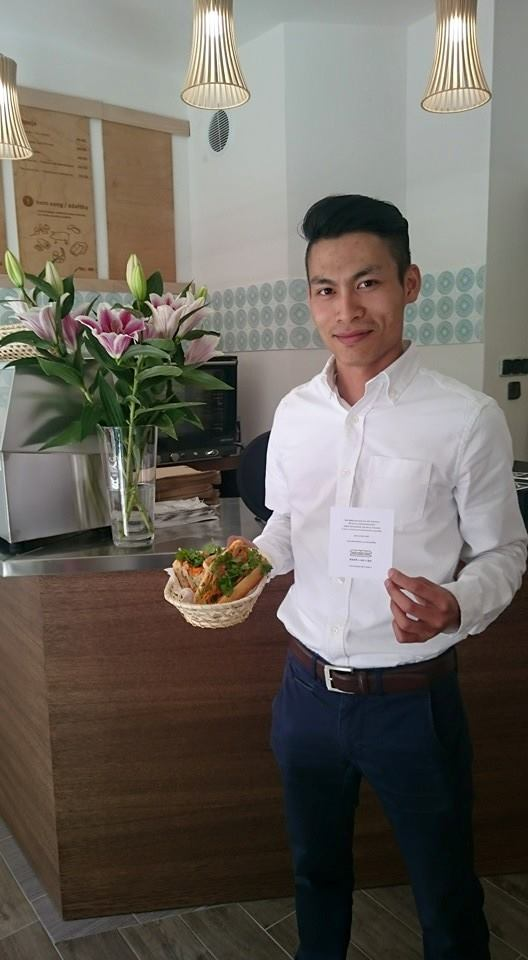Spoluzakladatel banh-mi-ba, který přišel s nápadem založit v Praze vietnamskou bagetérii. Foto s laskavým svolením ukradeno z Facebooku banh-mi-ba
