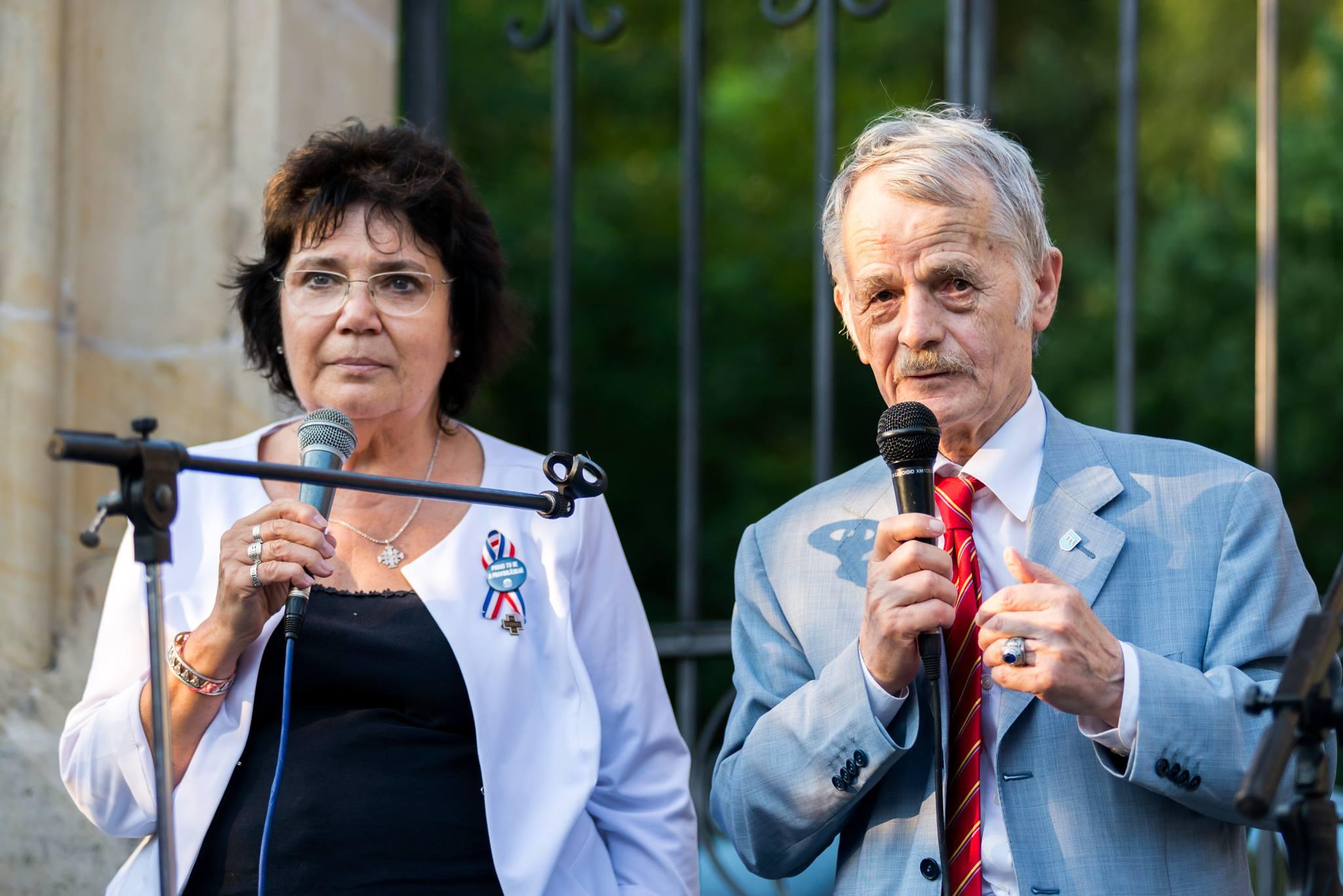 Vzácní hosté: Eugénie Číhalová a Mustafa Džamilev - vůdce krymských Tatarů, nyní žijící na Ukrajině, foto Jana Plavec