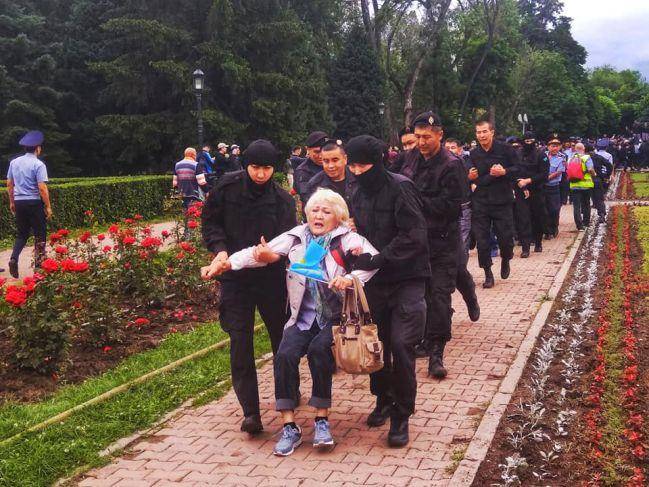 Foto Anna Silbermann, Almaty