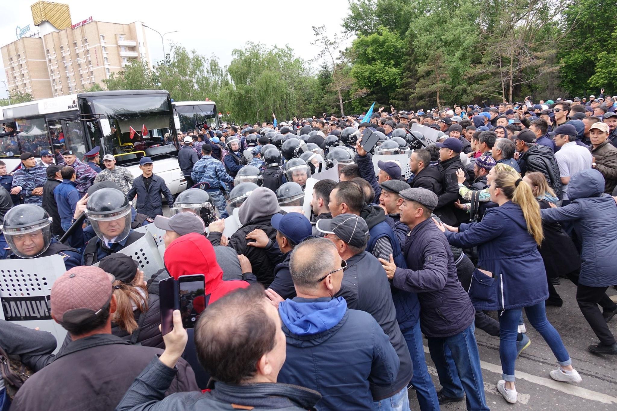 Volební den v kazašském hlavním městě Nursultan. Foto Abduaziz Madjarov