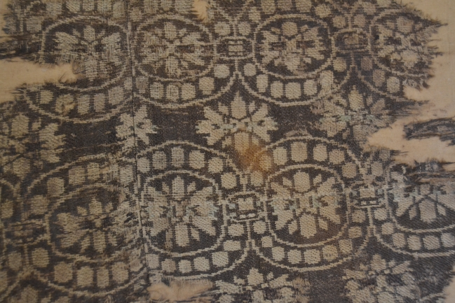 Hedvábná textilie z 9./10. století