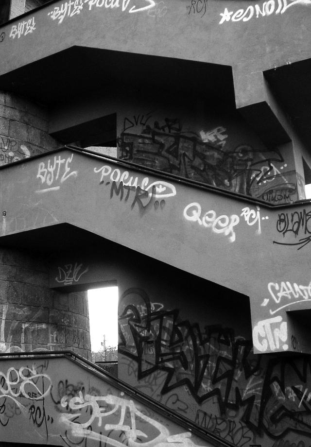 Monumentální schodiště.