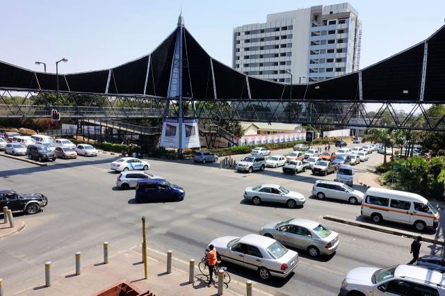 [Lusaka]Křižovatka u Manda Hill Mall