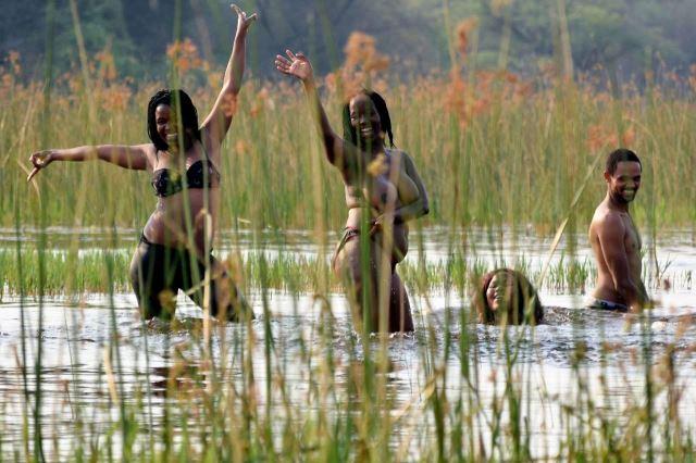 [Okavango Delta]Tohle myslím nejsou burkini, že ne