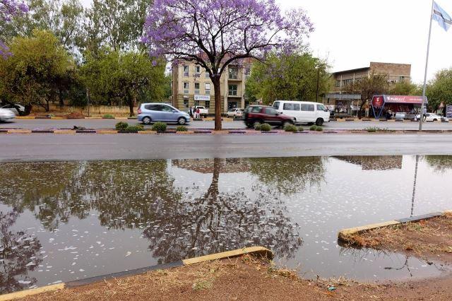 [Gaborone]Ve vládní čtrvti