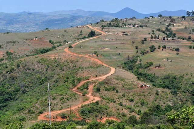 [S od Maguga Dam]Krajina krásná, cyklisticky náročná