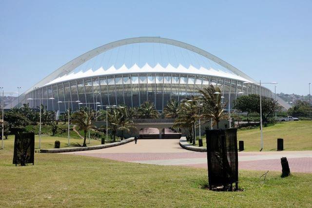 [Durban]Moses Mabhida Stadium - hrály se na něm zápasy mistrovství světa ve fotbale v roce 2010