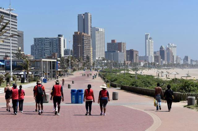[Durban]Pohled z Addington Beach směrem na východ