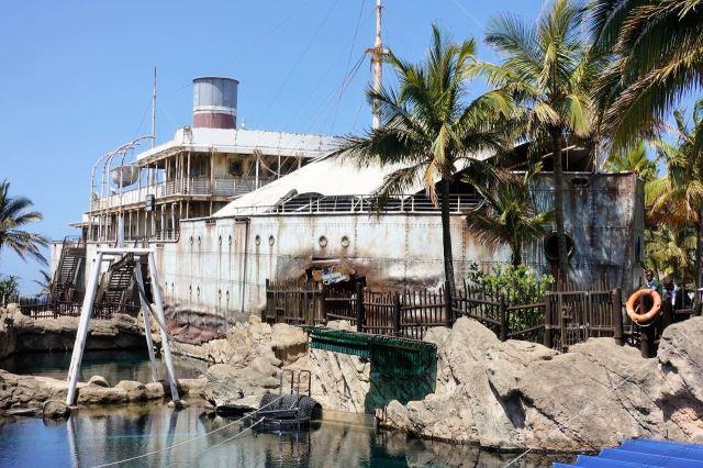 [Durban]uShaka Marine World - vrak lodi ve kterém je zabudováno akvárium