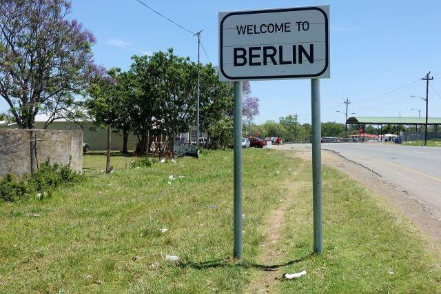 [Berlin]Vjezd do městečka