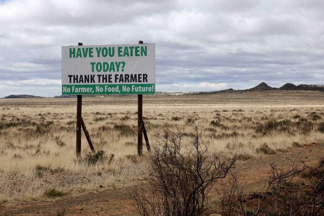 [J od Colesberg]Už jsi dnes jedl? Poděkuj farmářům.