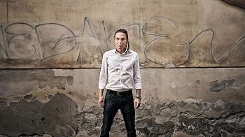 Foto z minulých let, kdy herec exceloval v modernistickém pojetí kralevice dánského - HN - foto: J. Horázný